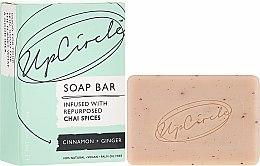 Kup Mydło w kostce z przyprawami chai Cynamon i imbir - UpCircle Cinnamon + Ginger Chai Soap Bar