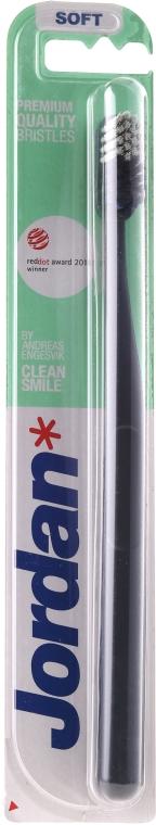 Miękka szczoteczka do zębów, czarna - Jordan Clean Smile Soft — фото N1