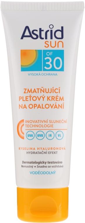 Nawilżający krem do twarzy do opalania SPF 30 - Astrid Sun Moisturizing Face Cream — фото N1
