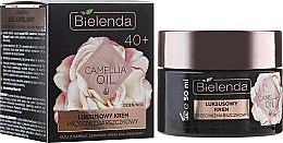 Kup Luksusowy krem przeciwzmarszczkowy 40+ na dzień i noc - Bielenda Camellia Oil