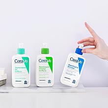 Pieniący się żel oczyszczający do twarzy i ciała do skóry normalnej i tłustej - CeraVe Foaming Cleanser — фото N5