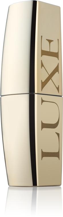 Błyszcząca szminka do ust - Avon Lipstick Luxe