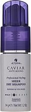 Kup Odświeżający suchy szampon zwiększający objętość włosów - Alterna Caviar Anti-Aging Professional Styling Sheer Dry Shampoo