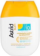Kup Przeciwsłoneczne mleczko nawilżajace SPF 10 - Astrid Sun Moisturizing Suncare Milk