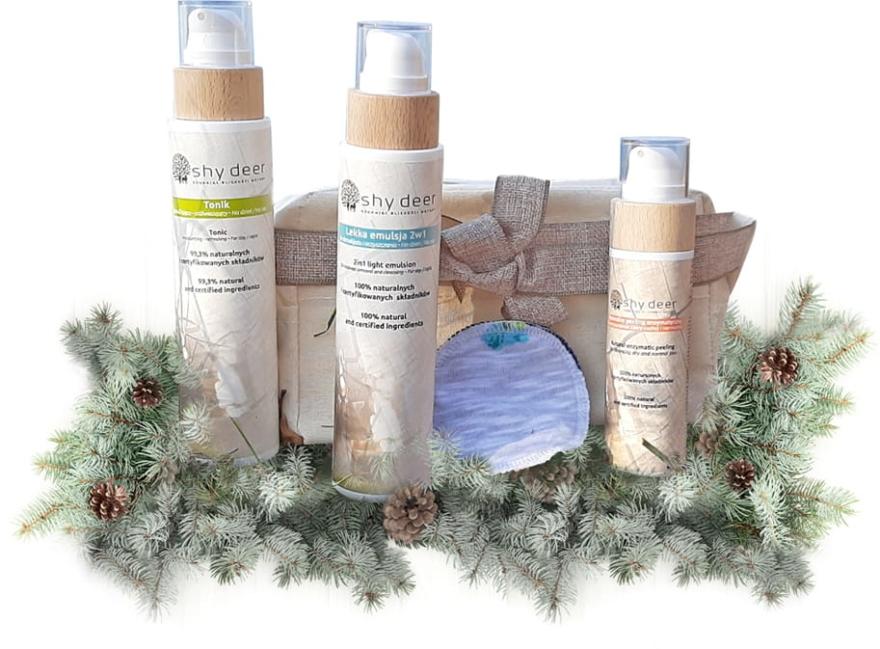 Zestaw świąteczny do skóry suchej i normalnej - Shy Deer (emulsion 200 ml + tonic 200 ml + peel 100 ml + cotton pad + keychain) — фото N1