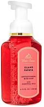 Kup Mydło w płynie do rąk z olejkami eterycznymi - Bath and Body Works White Barn Island Papaya Gentle Foaming Hand Soap