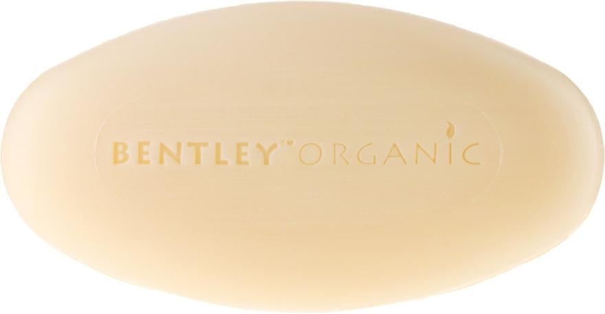 Nawilżające mydło kosmetyczne Lawenda, aloes i olej jojoba - Bentley Organic Body Care Calming & Moisturising Soap Bar — фото N2